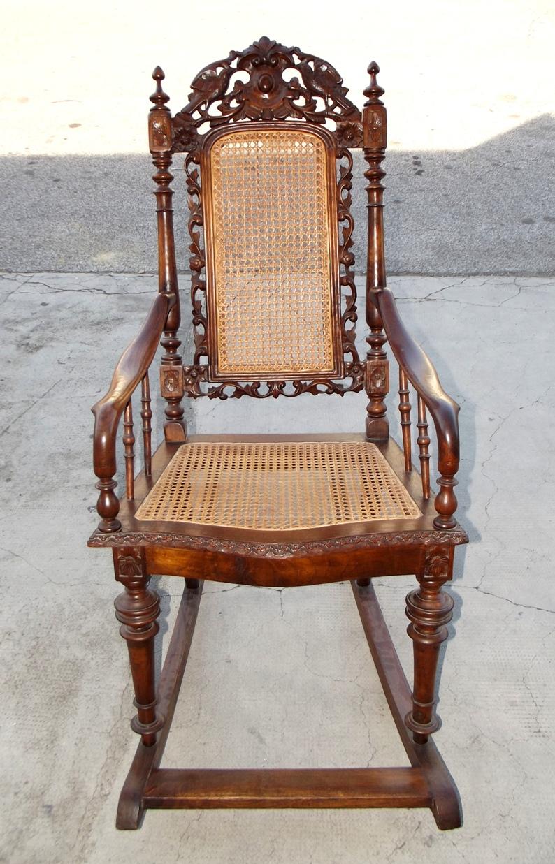 Sedia Dondolo Antiquariato.Sedia A Dondolo Dell 800 Arredamento Antiquariato Piazza
